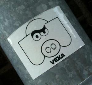 sticker 'Veka' varken, Amsterdam