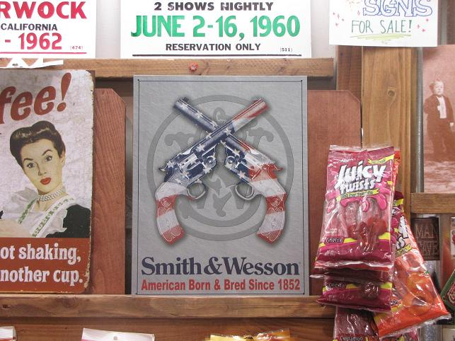 'Smith & Wesson' reclamebord