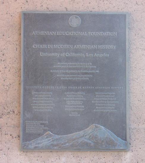plakkaat Armeense genocide UCLA
