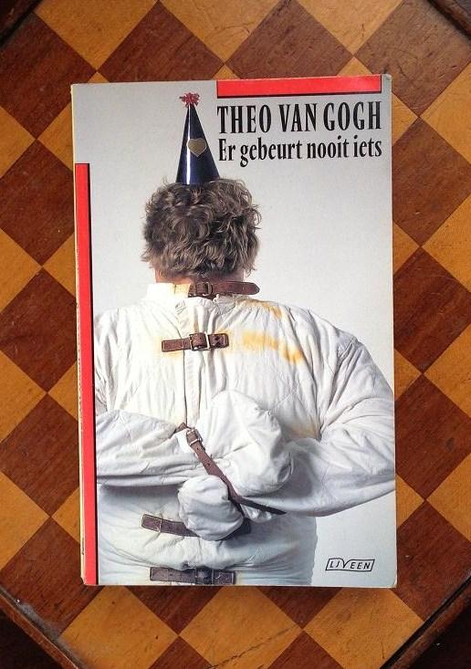 boek Er gebeurt nooit iets Theo van Gogh