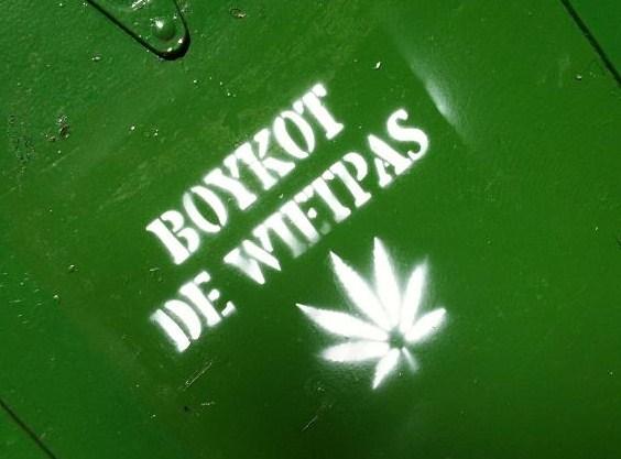 graffiti, 'boykot de wietpas', Ceintuurbaan