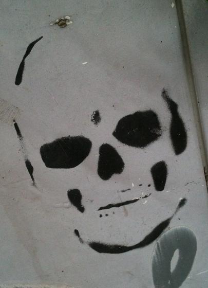 Graffiti skull Amsterdam
