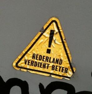 sticker 'Nederland verdient beter'