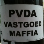 sticker 'PvdA vastgoed maffia'