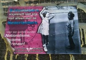 sticker 'buitenlanders, laat ons niet alleen met de Nederlanders'