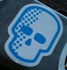 sticker schedel blauw wit