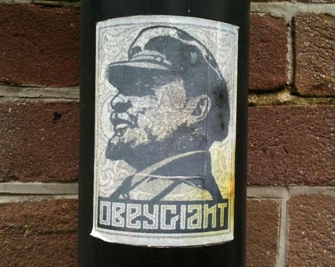 Sticker Obey Giant 'Lenin'