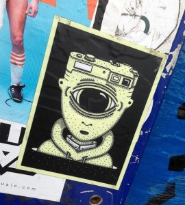 sticker camera head one eye Amsterdam 2013 eenoog