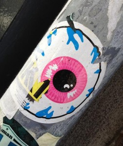 sticker street art eye Amsterdam oogbol