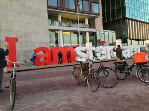 i-Amsterdam logo bibliotheek CS letters