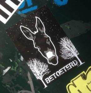 sticker donkey Amsterdam 2014 November ezel betoeterd