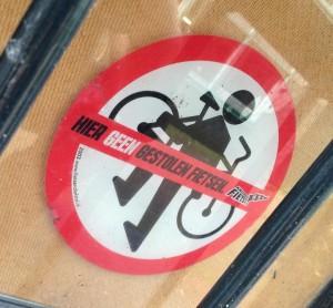 sticker hier geen gestolen fietsen Amsterdam 2013