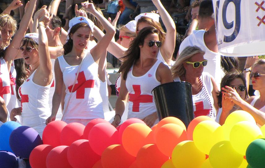 Gay-parade Amsterdam 2013 bisexual nurses