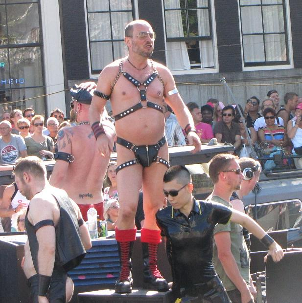Gay-parade Amsterdam 2013 half naked leather