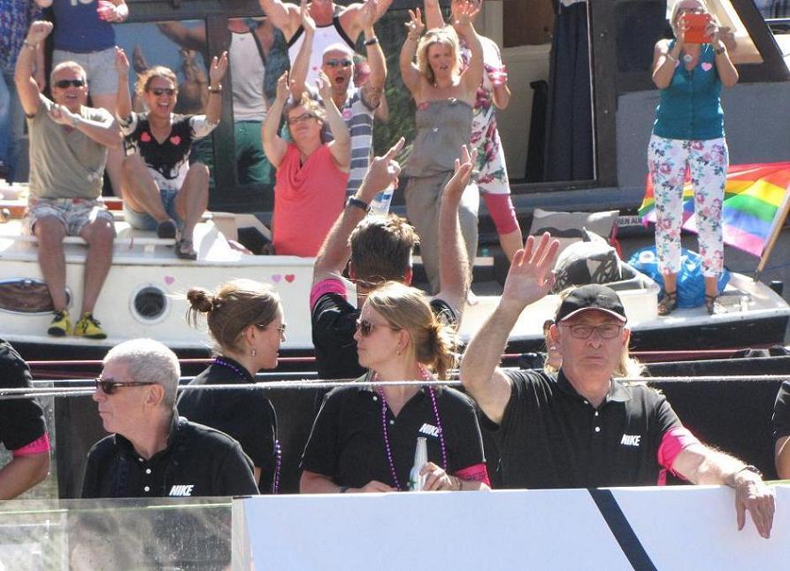 Michiel van Praag Louis van Gaal voetbal-boot Gay-parade Amsterdam 2013
