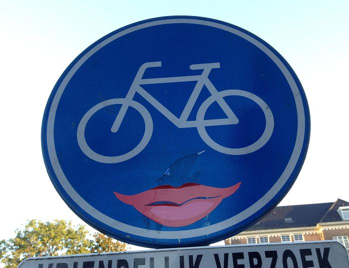 sticker CLET mouth woman lips Amsterdam centrum 2013 oktober