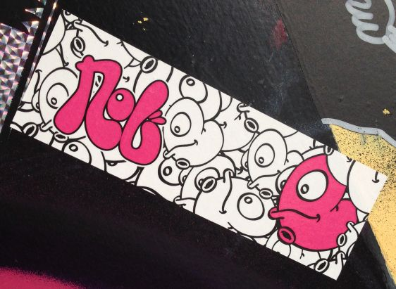 sticker Nol-Art Amsterdam NDSM 2014 March creature navel multiple