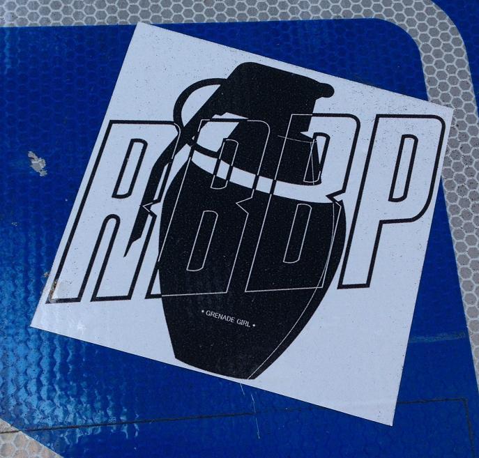 sticker grenade girl RBBP Amsterdam de Pijp August 2013 020