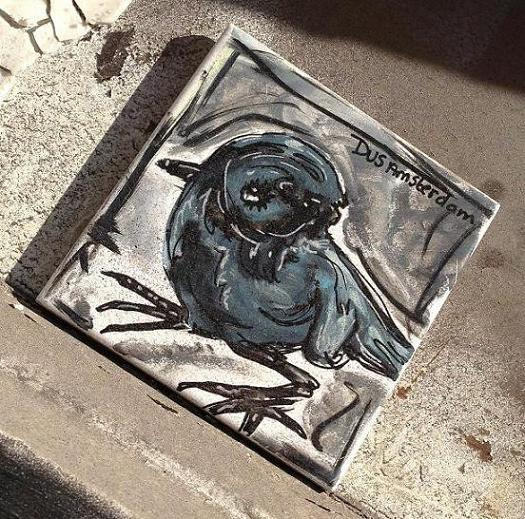 tile vogel Dus Amsterdam Spui 2013 August bird