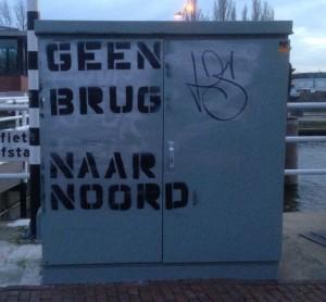 Huisstijl Noord graffiti January 2015 Amsterdam Center geen brug naar Noord