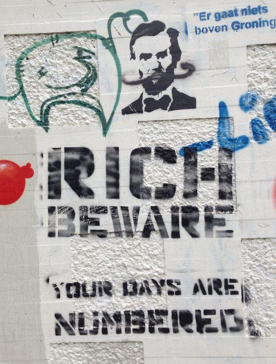 graffiti rich beware days numbered Amsterdam North 2014 April Huisstijl Noord