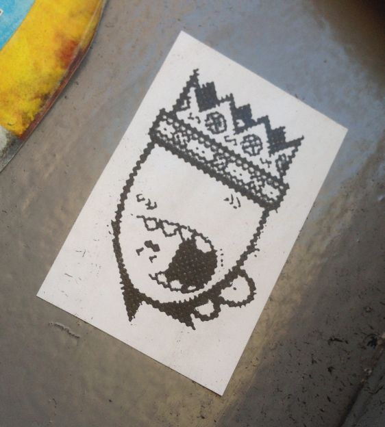 sticker Oo Minus crown 2014 December Amsterdam Center kroon
