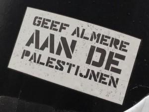 sticker geef Almere aan de Palestijnen Amsterdam 2013 September Huisstijl Noord