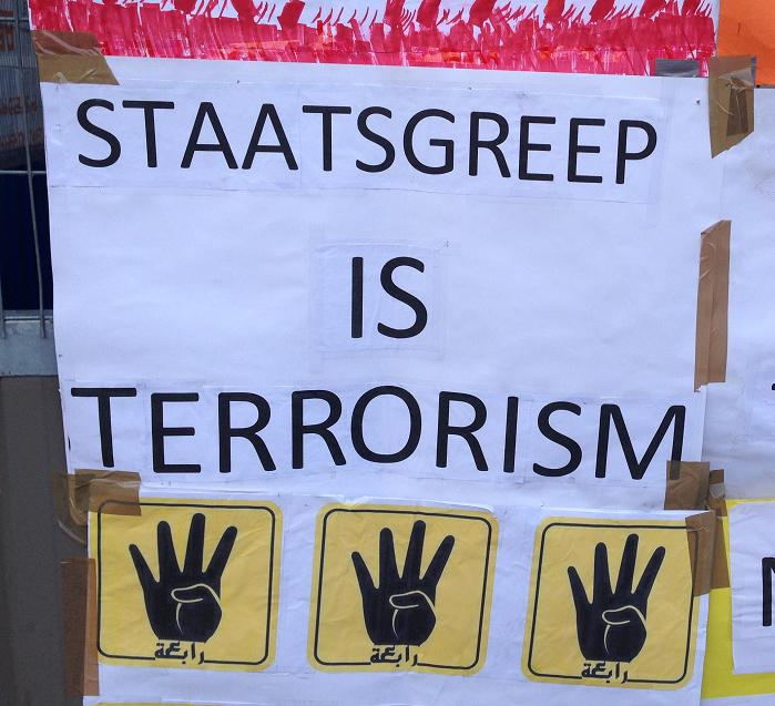 Egypte demonstratie staatsgreep terrorisme spandoek Amsterdam center 2013 September