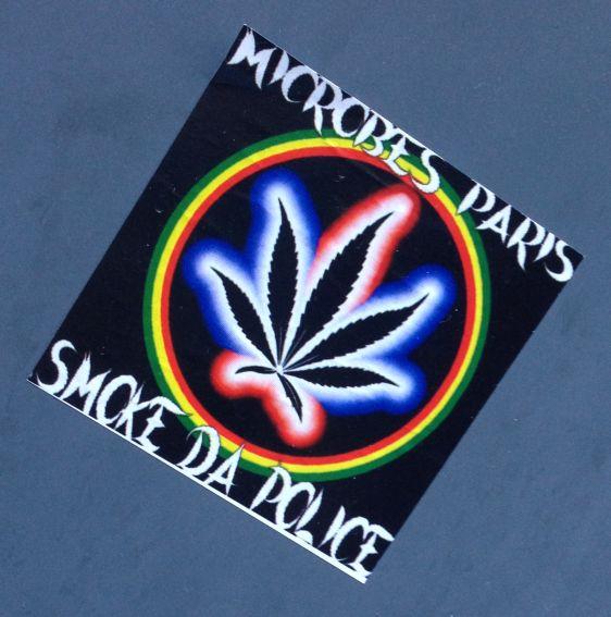 sticker smoke da police Amsterdam December 2013 Microbes Paris