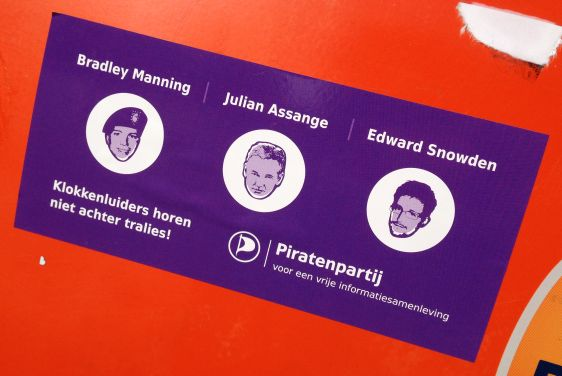 sticker Piratenpartij Amsterdam center 2014 March Manning Snowden Assange