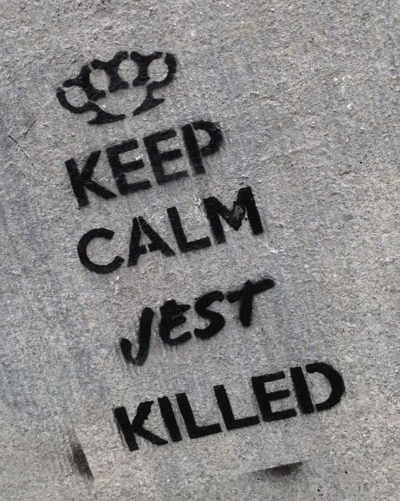 Jest graffiti-stencil Amsterdam center Spui 2014 March keep calm Jest killed