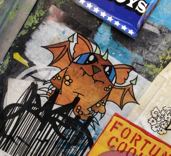 sticker Kwad Amsterdam center 2014 May wings dragon