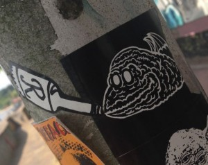 r-bottle sticker Arnhem 2014 June creature fles