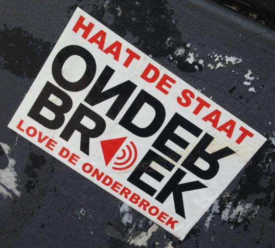 sticker haat staat love onderbroek Arnhem 2014 June
