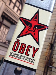 OBEY sticker 2014 July Philadelphia street-art 7,4 ft 520 pound