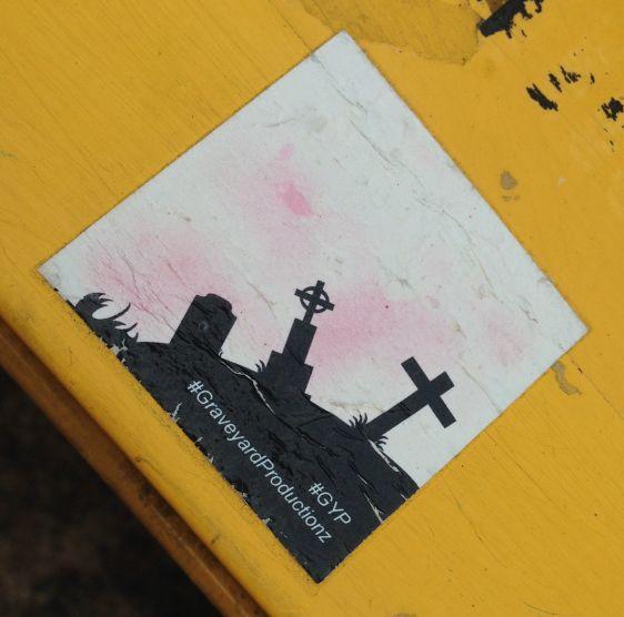 sticker 2014 GraveYard Productions #Gyp July Philadelphia street-art kerkhof murder