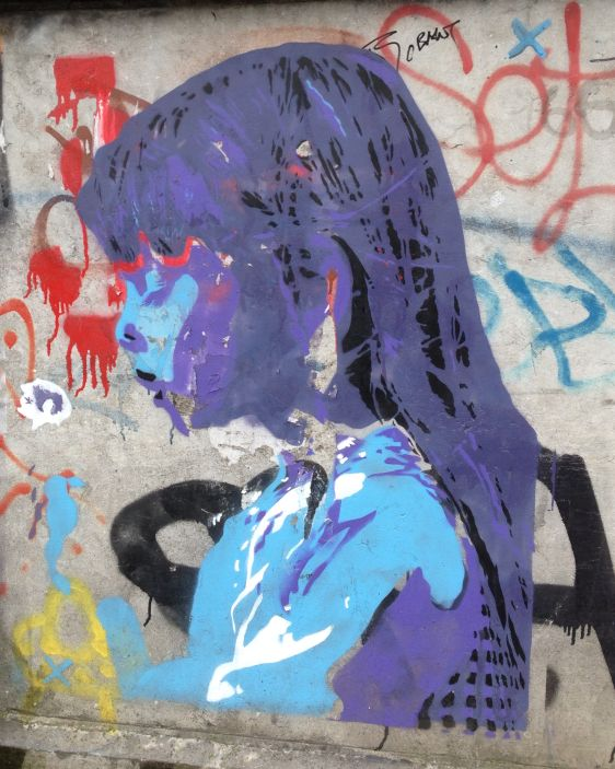 graffiti girl Amsterdam Center 2014 August sad meisje
