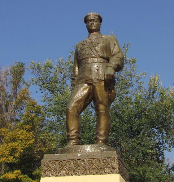 Grigory Kotovsky statue Transnistria Tiraspol